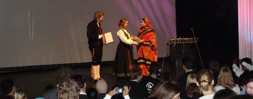 rabab_receives_award_510.jpg